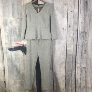 Ann Taylor Gray Pant Suit Set Size 8 / Medium